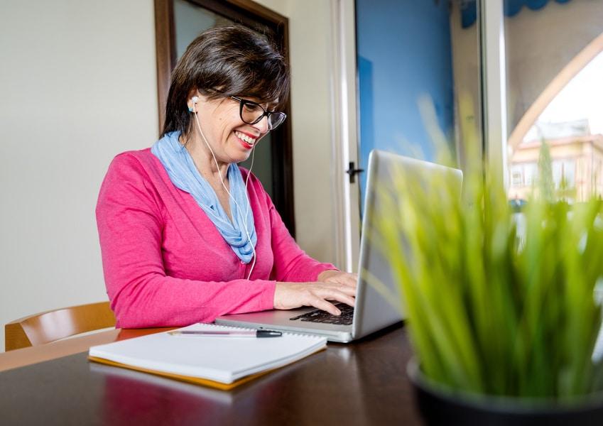 candidata cerca nuove opportunità per reinventarsi lavorativamente