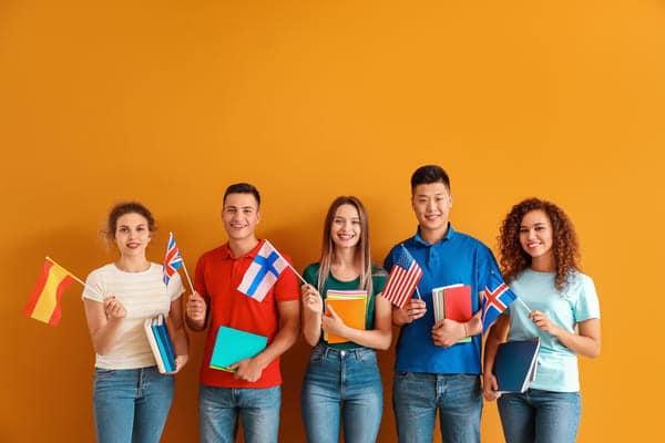 candidati di tutte le nazionalità